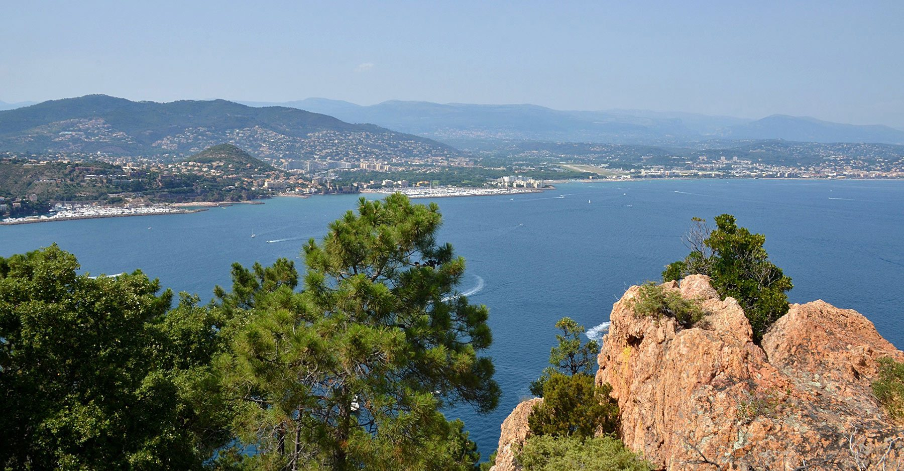 sea and mountain of french riviera